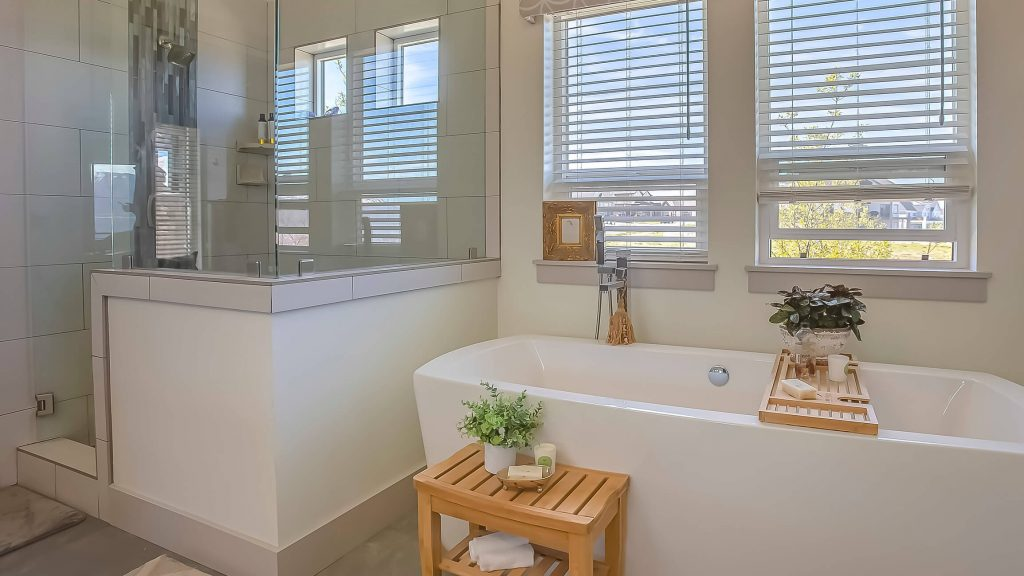 Beautiful bathroom with blinds